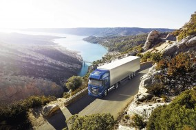 IVECO S-Way NP 460 získává ocenění Sustainable Truck of the Year 2021