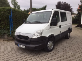 IVECO DAILY 35S13 V/D (BUS)